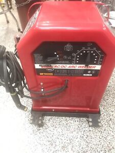 Lincoln Electric AC/DC 225/125 Stick/Arc Welder Like New