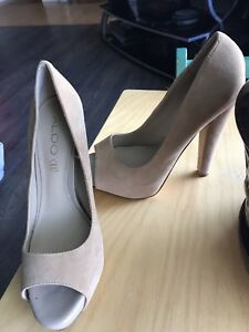 Size 7 Aldo pumps