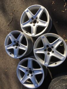 Tires and rims from Acura TL - 235/ 45 R17
