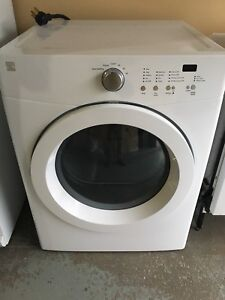 Kenmore Dryer I very good condition
