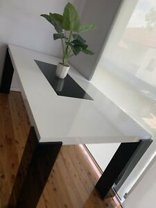 White and black dining table