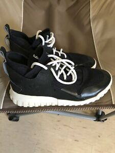 SELLING MENS ADIDAS SHOES