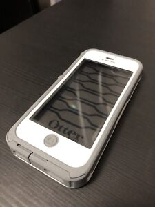 Waterproof Otter Box Case for iPhone 5 and SE