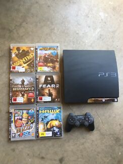 PS3 ( 1 remote , 6games )