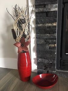 Red bamboo vase and bowl