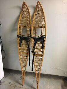 Old snowshoes 5'