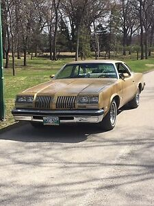 1976 Olds Cutlass $6500 OBO - REDUCED SAFETIED