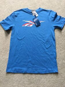 Reebok youth large (age 13-16 yrs.) t- shirt
