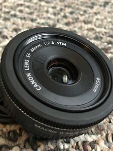 CANON 40mm STM Macro EF Lens PRICED FOR QUICK SALE