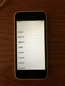 Apple iphone 5C 8GB Unlocked