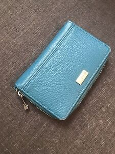 Thirty One Rolling Jewel Wallet