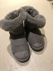 UGG winter boots size 9