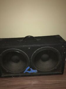 """Two 10"""" bass amp cabinet"""