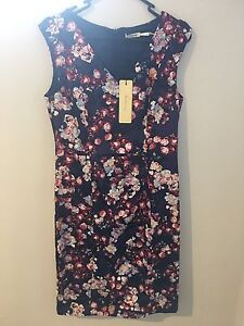 Size 8 Teaberry Dress NEW Unworn! Hamersley Stirling Area Preview