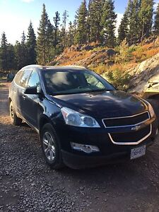 2011 Chevy Traverse **price reduced**