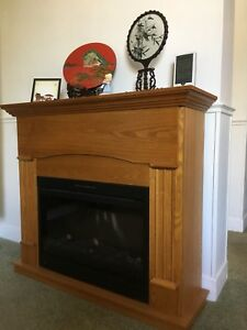 Oak wood fireplace (electric)