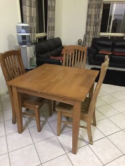 Timber 4 seater dinning table
