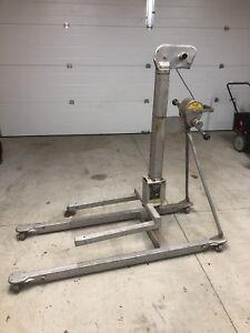 520A Material Lift Crane (500lbs lifting capacity)