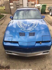 86 Pontiac Firebird Transam TPI T-top auto $3600
