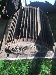 Side elavator belt