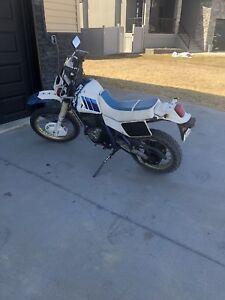 1989 Suzuki duel sport motorcycle 600