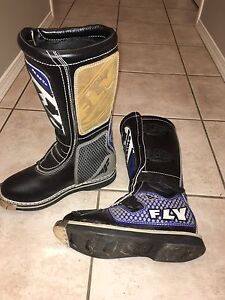 Size 9 Fly dirt biking boots for sale.