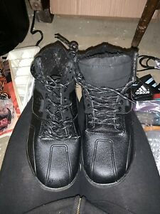 Thinsulate black work boots
