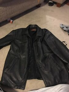 Men's leather Danier jacket - Medium