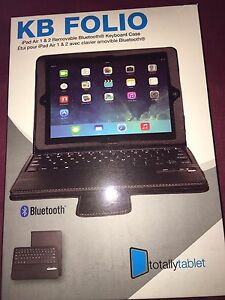 Brand new Bluetooth keyboard for iPad Air 1