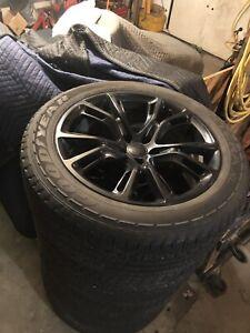 """Jeep Srt mags 20"""" et pneus"""