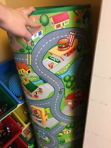 Kids play car mat