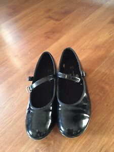 Girl's tap shoes size 13