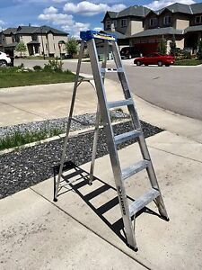 6 foot step ladder clean condition