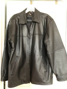 ***MENS GENUINE XL LEATHER JACKET***