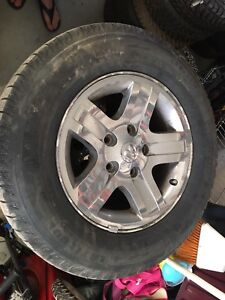 256/65 R17 Michelin X Ice & doge caravan rims