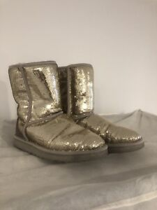 Bottes UGG paillettes or sequins gold