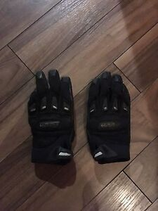 Woman's Icon Motorcycle Gloves