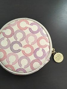 Coin case coach