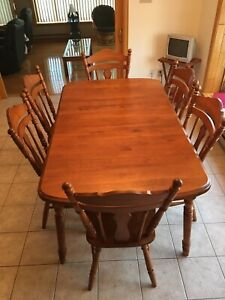 Maple Dining room / Kitchen Table Set