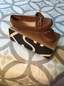 BRAND NEW WOMEN'S LOAFERS