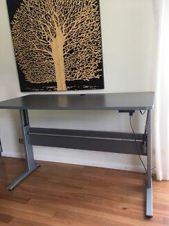 Standing and Sitting Desk - Ergonomic