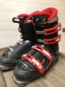 Kids ski boots size 7.5