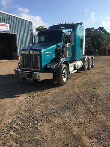 ATTENTION HEAVY HAULERS 2012 T800 KENWORTH 4 AXLE LOW KMS