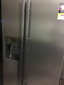 Samsung 650L stainless steel fridge freezer Wetherill Park Fairfield Area Preview