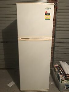 Westinghouse frost free fridge and freezer Cameron Park Lake Macquarie Area Preview