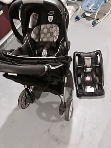 Britax B-Safe Stroller and infant carseat