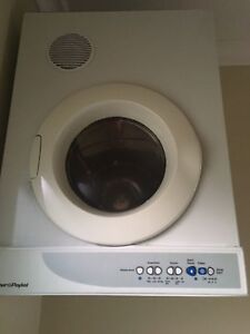 Fisher & Paykel Dryer 4.5kg Horsley Park Fairfield Area Preview