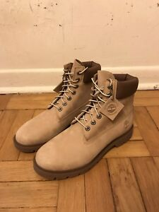 Beige/Brown Timberland Boots (Dead-stock, Sample)