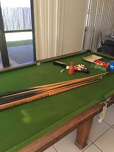 8 x4 pool table Cleveland Redland Area Preview