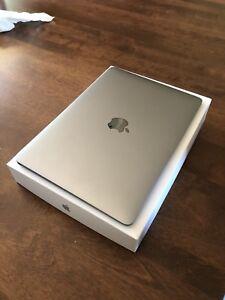 Macbook 12pouces 2015 parfaite condition boite et accessoires